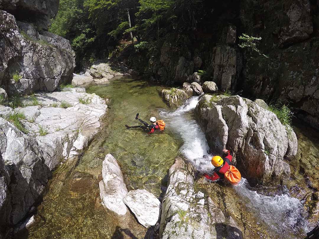 belle eau canyon Ardèche.