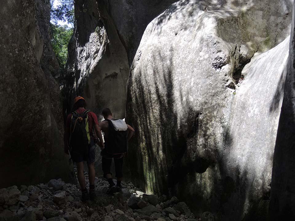 canyoning canyon de Pissevielle en Adrèche dansd les Gorges de l'Ardèche